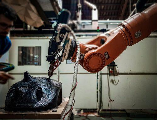 Robotic hybrid manufacturing of thermoplastics